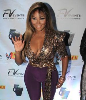 Celebrity rapstar Lil'Kim Massive Cameltoe