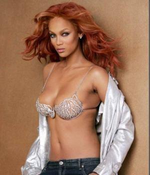 Tyra Banks Total Hotness While Topless